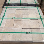 Classic Travertine Tumbled 3 cm Pavers